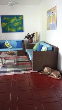Pousada Ilha de Itaka : Sala de estar