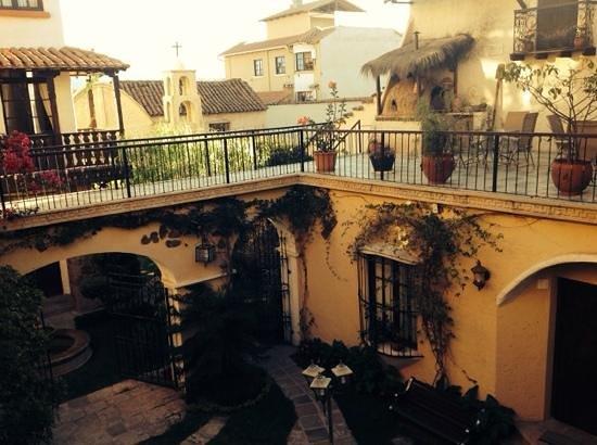 Hotel Boutique Mi Pueblo Samary: patio central de mi pueblo samary