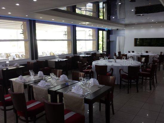 Restaurant Gibraltar: Très belle salle revisite