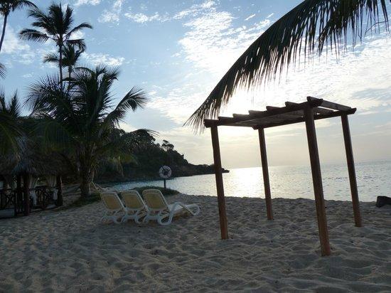 Luxury Bahia Principe Cayo Levantado Don Pablo Collection: morning beach