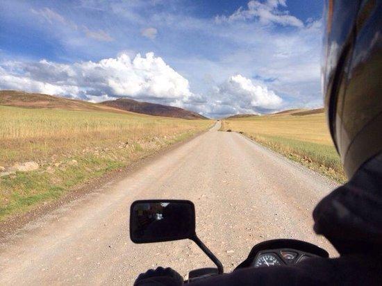Peru Moto Tours: Maras