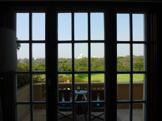 The Oberoi Amarvilas : View through balcony doors