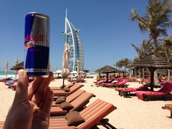 Jumeirah Dar Al Masyaf at Madinat Jumeirah : I think the red bull can is bigger