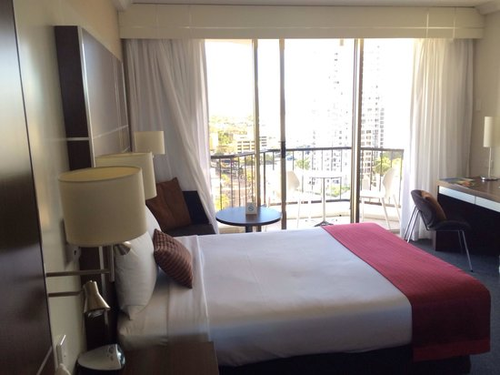 Mantra on View Hotel : Double room