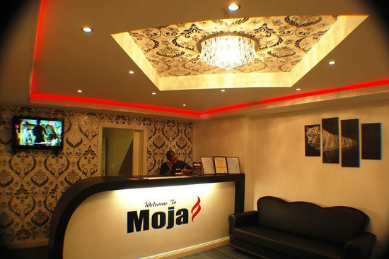 Moja Indian And Bangladeshi Takeaway