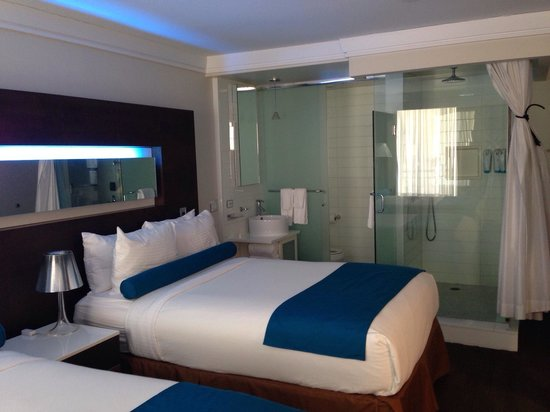 Hotel Le Bleu: Nice room, as others have already posted