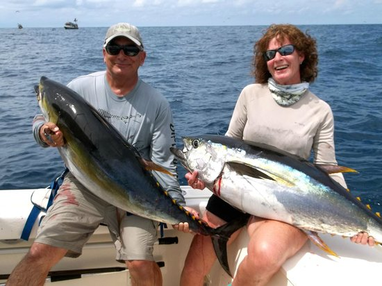 Come Fish Panama : Double hook up!