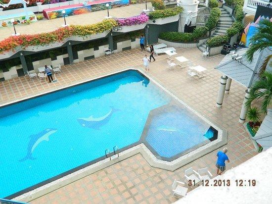 Caesar Palace Hotel: бассейн отеля