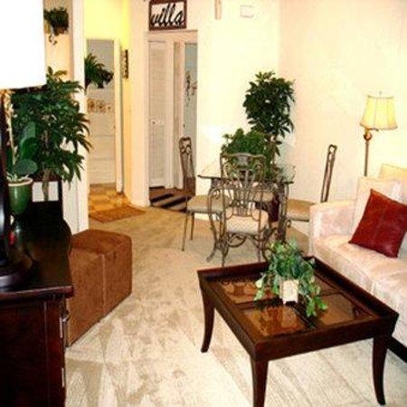 Brooks Landing Apartments: Suite