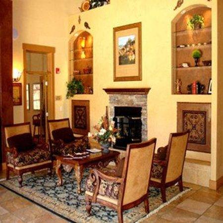 Brooks Landing Apartments: Sitting Area