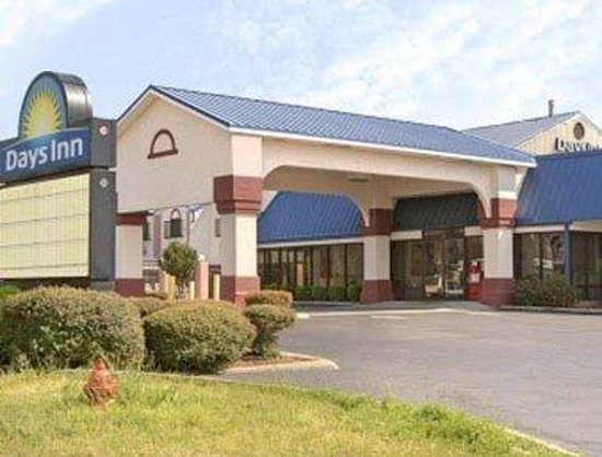 Welcome to the Days Inn Troy