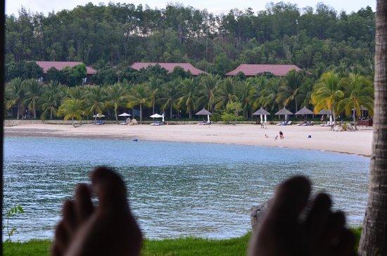 Vinpearl Luxury Nha Trang : The Beach