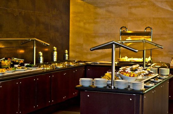 Holiday Inn Panama Canal: Buffet