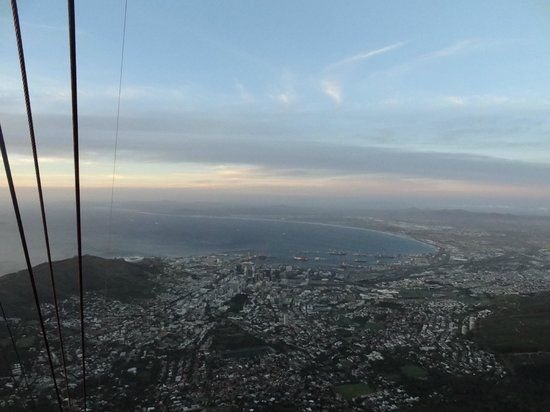 Tafelberg: Views of Cape Town from the cable car