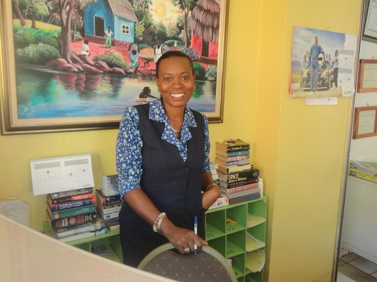 Foote Prints on the Sands Hotel: Suzette - Personal Assistant to the Management