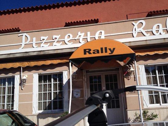 Rally : Entrada