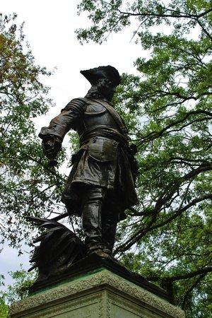 Chippewa Square : Close up of the statue