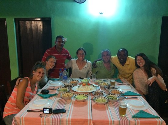 Leesha Tourist Home : Amazing food and hospitality. And the other guests are awesome too!