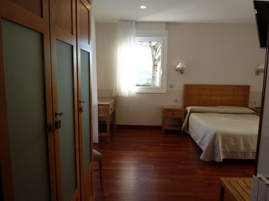 Hotel Leku Eder : Habitación familiar entrada