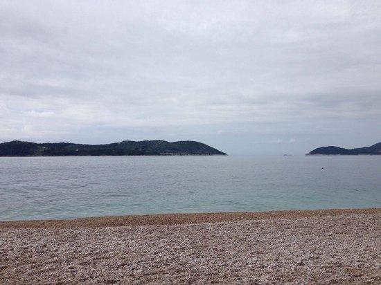 Radisson Blu Resort & Spa at Dubrovnik Sun Gardens: Beach