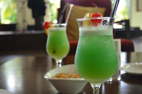 PARKROYAL Penang Resort, Malaysia: Cocktails!