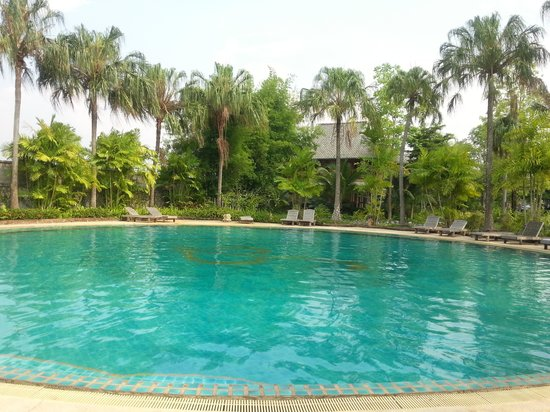 Phowadol Resort and Spa: The swimming pool