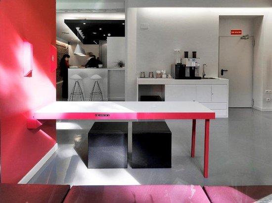 Urban Sea Atocha 113 : Reception Desk