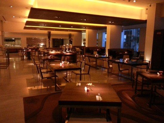 Dusit D2 Chiang Mai : Moxie restaurant