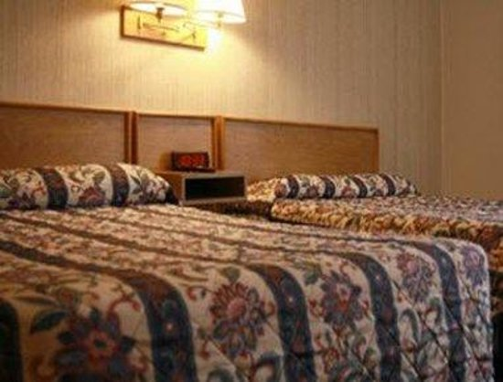 Knights Inn Green River/West Winds : Two Bed Room