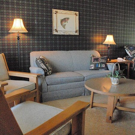 Birchwood Inn: Large Guest Rooms