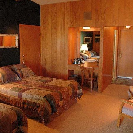 Birchwood Inn: Guest Room