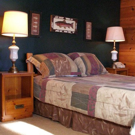 Birchwood Inn: Cottage Room