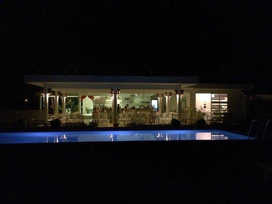 La Pari-Pari Langkawi: quiet evening by the poolside