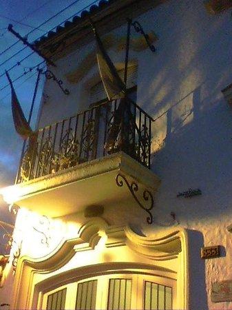Hostal Pueblo Andino: El balcón de mi habitación a la calle 25 de mayo
