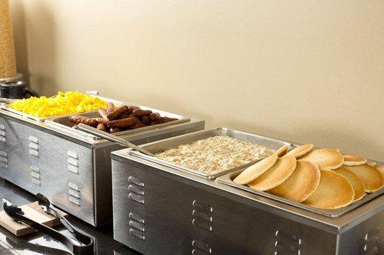 Best Western Laval-Montréal : Breakfast Area
