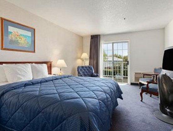 Super 8 Oroville: Standard King Bed Room