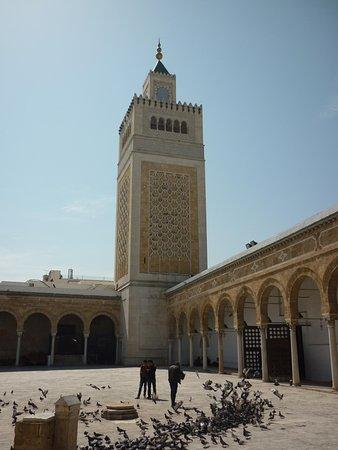 Zitouna Mosque : 中庭