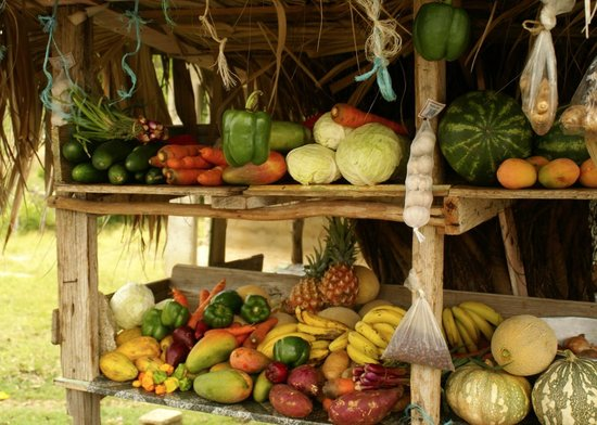 Marblue Villa Suites: farm stand up the road