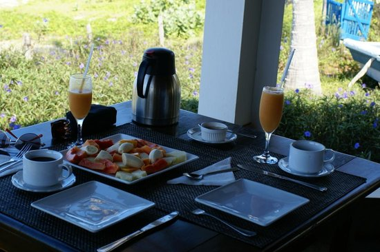 Marblue Villa Suites: breakfast