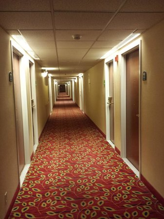 Ramada Fresno Airport: Holiday Inn