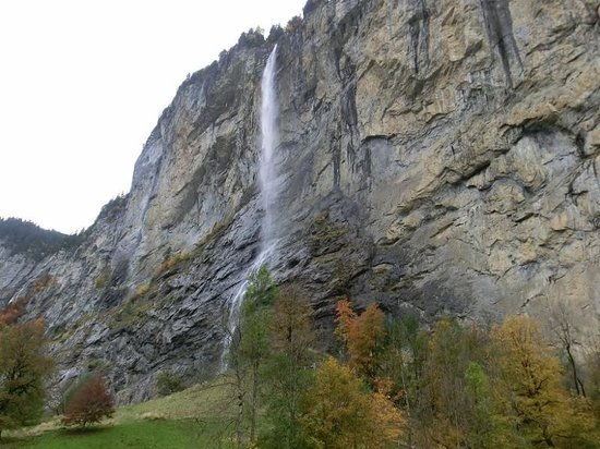 Staubbach Fall : シュタウプバッハの滝