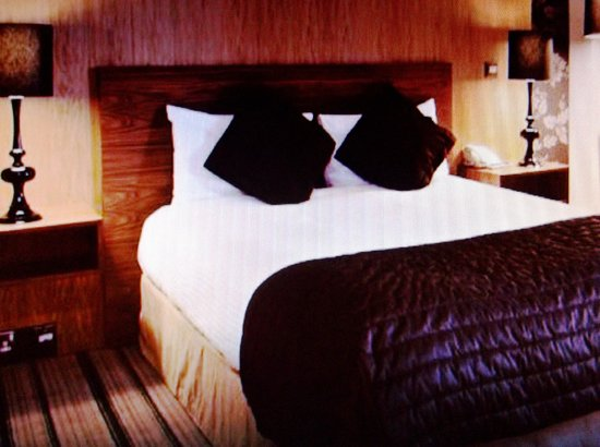 Copthorne Hotel Sheffield: Very posh luxury bedroom was awesome comfort!