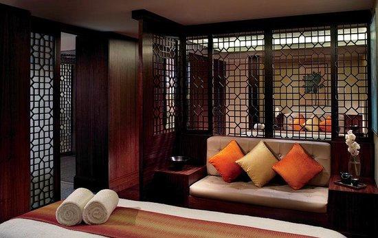 The Ritz-Carlton, Bangalore: Rejuvenate at The Ritz-Carlton Spa - a luxury spa in Bangalore offering a range of treatments.