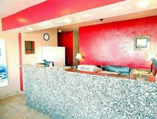 Travelodge Phoenix North: Lobby