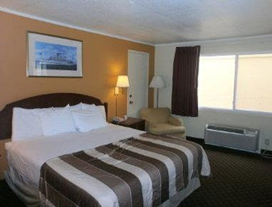 Knights Inn Dodge City: Guest Room with One Bed