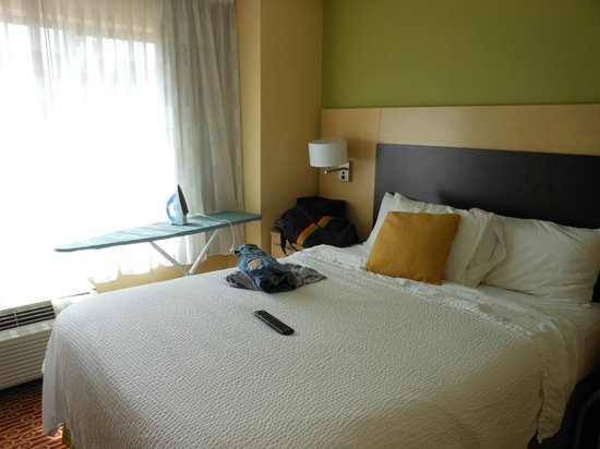 TownePlace Suites Shreveport-Bossier City : bedroom 1