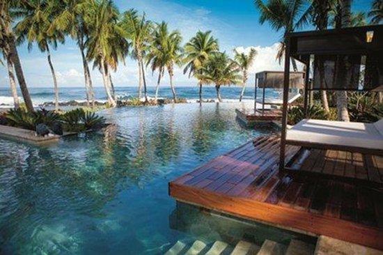 Dorado Beach, a Ritz-Carlton Reserve: Infinity Edge Pool