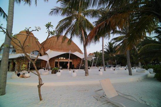 Holiday Inn Resort Kandooma Maldives : Lobby