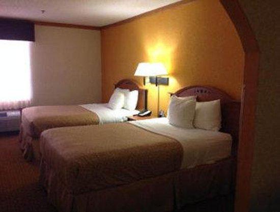 Baymont Inn & Suites Hinesville Fort Stewart Area : Standard 2 Double Bed Room