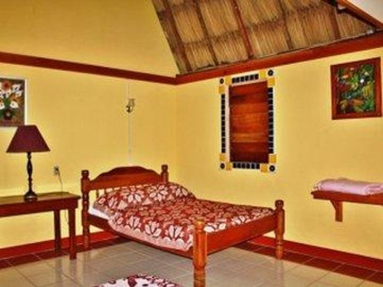 Crystal Paradise Resort: One Bed